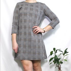 Stradivarius grey pattern mini dress 3/4 sleeves